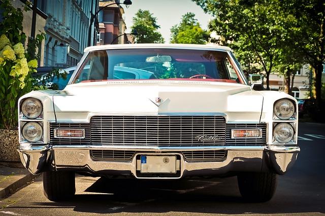 Amerykańskie samochody na polskich drogach