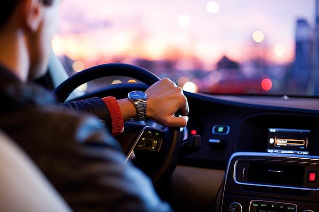 Młodzi kierowcy