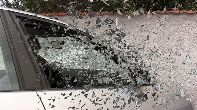 Co zrobićpo wypadku samochodowym